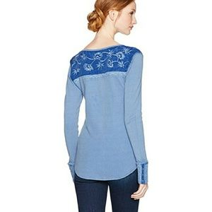 New medium Lucky Brand long sleeve top